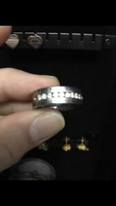 Tungsten Men's ring with 9 diamonds.