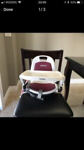 EXCELLENT CONDITION PEG PEREGO BOOSTER CHAIR