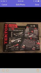 Wrench and socket tool set