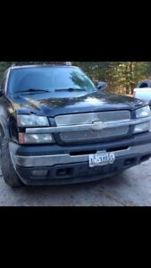 2006 & 2002 Chevy Avalanches PKG DEAL