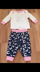 Size 00 cotton PJ set Canning Vale Canning Area Preview