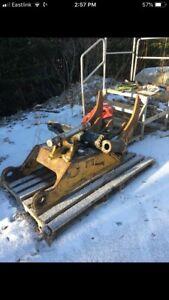 Cat 320 D Excavator Thumb
