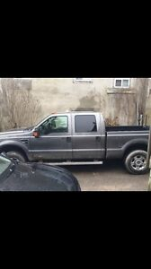 2010 F250 XLT super duty 5.4 GAS 4x4 129km