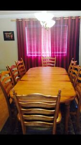 Table a dinner bois massif,table dinner set 8chairs solid wood