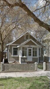 AVENUES HOUSE FOR RENT CLOSE TO SK POLY $1299