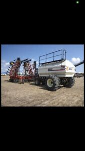 2003 40 ft bourgault 5710 series 2/ 2004 5440 bourgault air tank