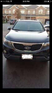 2011 KIA SORENTO AWD *PRICE DROP*