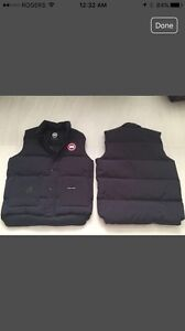 Reduced - 2 Canada Goose - vest no sleeve jacket -