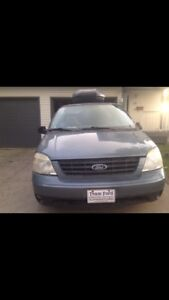 To trade: 2005 Ford Freestar SE