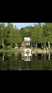 Cottage on Lac Labyrinth in Quebec