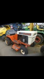 LOOKING FOR OLD RIDING MOWERS