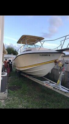 used boats for sale by owner Chris Craft 26 Ft. Perfect Condition