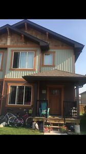 PRICE REDUCED TOWNHOUSE FOR SALE! Lloydminster SK, Braehill