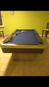 Brunswick Pool Table PRICED TO SELL. Worth much more