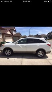 LOW mileage AWD 7 seats 2012 Hyundai Veracruz SUV for $15500
