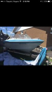 16.5' Fish and ski 1984 90hp tilt n trim. $2000 obo