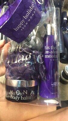 Monat Tis the Shower GiftSet Brand New