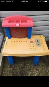 Little Tikes saw/tool table sun faded