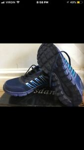Brand new running shoes size 7 big kids/men