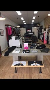 Closed Down Boutique Bulk Stock Pascoe Vale South Moreland Area Preview