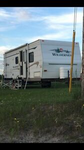 28' Wilderness Camper Trailer