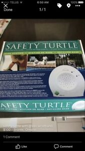 Safety turtle wristband and safety station green