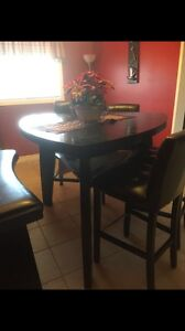 Beautiful dinning room table for sale