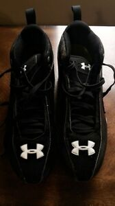 UnderArmor size ten men's football or rugby cleats