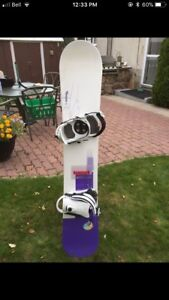 Women's snowboard size 152 and bindings