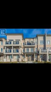 Brand new 2 bed 2 bath townhouse walk to transit and shopping