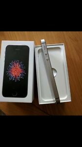 iPhone 5se 128GB Rogers space grey