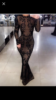 Jondon black lace dress