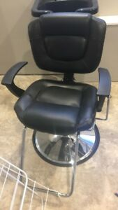 Hairdresser chair and sink