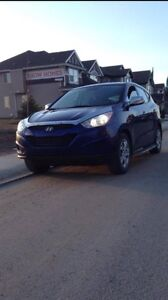 Hyundai Tucson 2012 - perfect condition - low km
