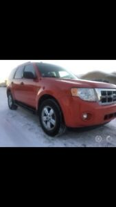 2009 Ford Escape - PRICED TO MOVE FAST