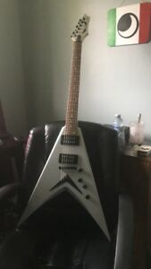WTS Dave Mustaine Signature guitar silver