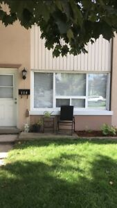 2 bedroom town house available Nov 1