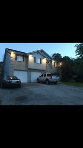 Fort Erie - Bachelor Apartment