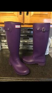 Real hunter boots size 11and socks