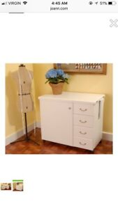 Sewing machine / craft cabinet