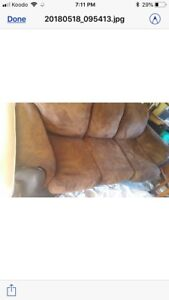 Couch for sale - 100$