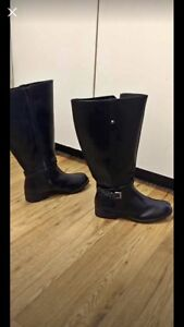 Size 9.5 American Eagle leather boots