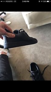 All black adidas Stan smith shoes almost new