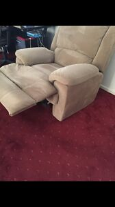 Recliner. Chair Berwick Casey Area Preview
