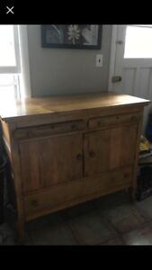 Antique hutch, early 1900's, great shape!