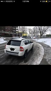 2008 jeep compass  very clean  price negotiable