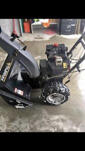 LOWERED PRICE! Murray Select Snowblower 10HP 29'' Wide Auger