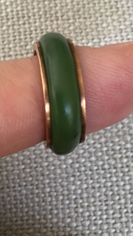 vintage 14K gold jade green ring