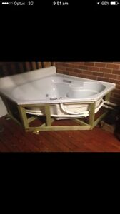 Spa bath with pump good condition $200ono Woodberry Maitland Area Preview