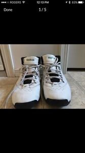 Sz6 men's Reebok basketball Shoes